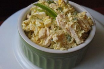 Салат из пекинской капусты с курицей – быстро и вкусно!